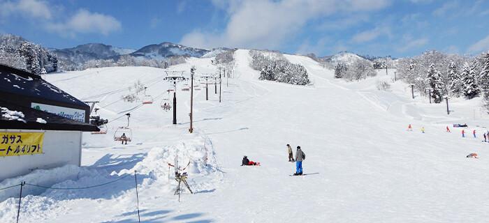 温泉 戸 スキー 場 狩