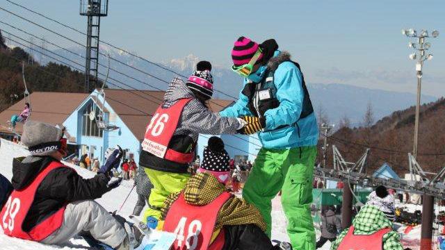 スノボツアー カムイみさかスキー場