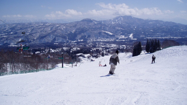 スノボツアー赤倉温泉スキー場