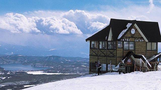 スノボツアー妙高池の平温泉スキー場