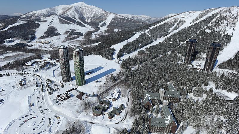 スノボツアー北海道スキー トマムリゾート全景
